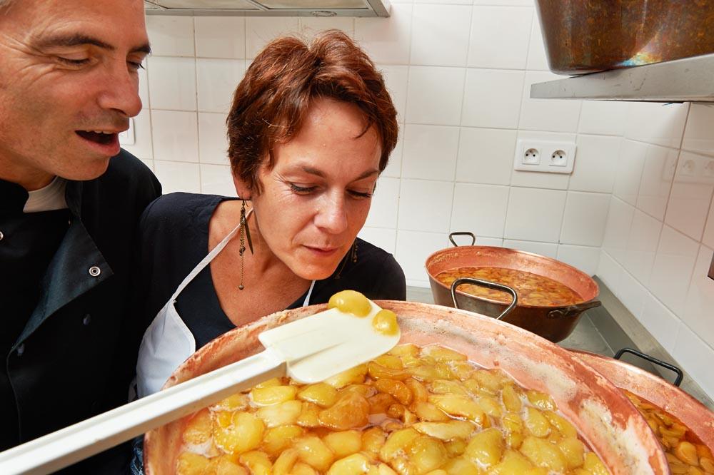 http://dornesaveurs.fr/uploads/images/Qui-sommes-nous/Clotilde-pascal-confiture.jpg